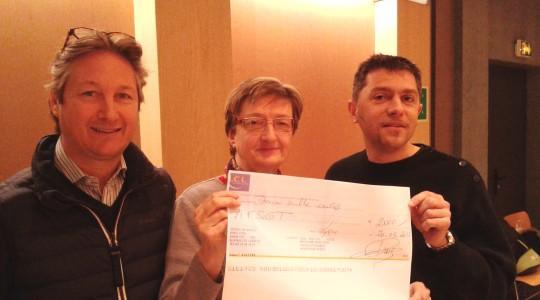 Don de 2 000 € par le magasin Le Point de Croix Rousse à Lyon